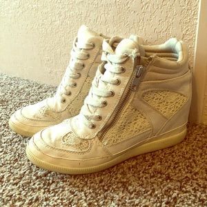 Sneaker Wedges Size 7